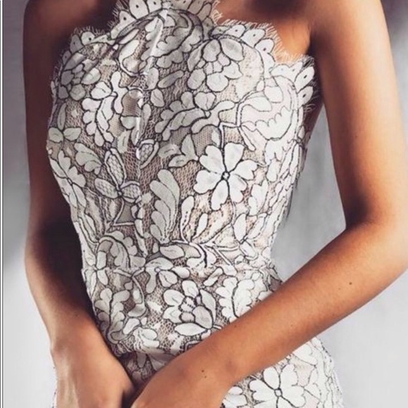 d98d795dfd Lulu s Dresses   Skirts - Lulu s white lace bodycon dress